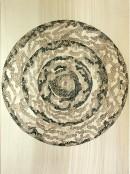 ´Die Ringe durchbrechen, fuer den Freigeist IV`, 2014, ink on Portvin, paper, 35 x 25 cm, photograph Claudia Larissa Artz